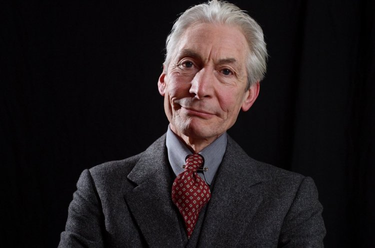 Baterista dos Rolling Stones, Charlie Watts, morre aos 80 anos