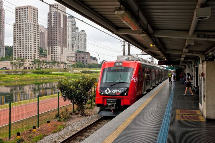 Ferroviários fazem acordo com o governo e encerram greve da CPTM
